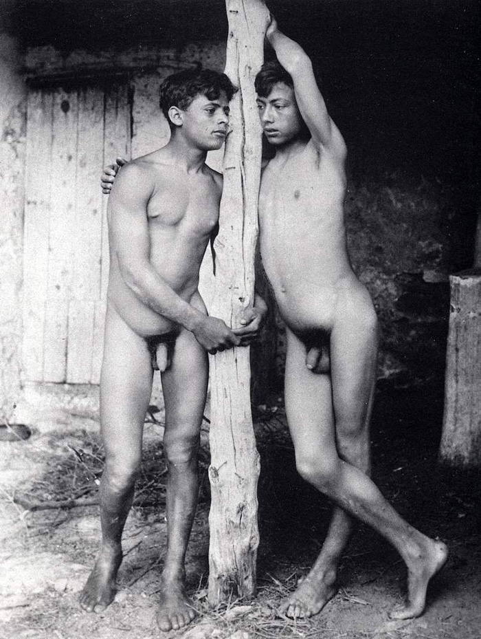 Art nude boys